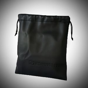 Protective pouch for carrying it safely