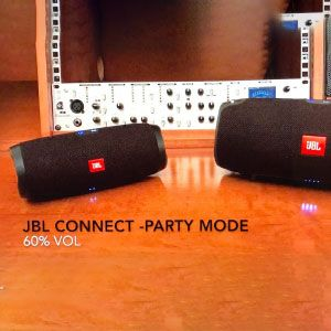 Multiple connectivity with other JBL devices