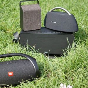 Connect different JBl devices