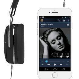 Long lasting battery ensures music without interruptions